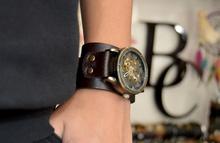 Часовник стиймпънк с естествена Биволска кожа
