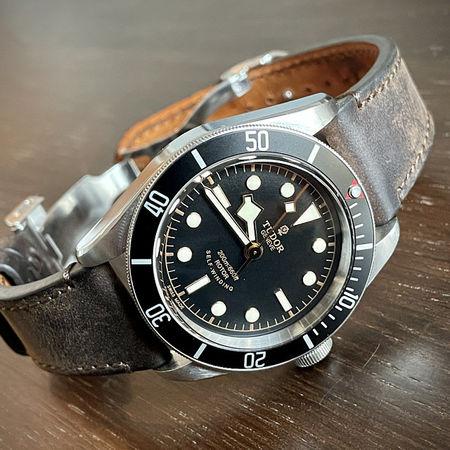 Каишка за Tudor watch, Часовник Tudor, каишки за маркови часовници, ръчно изработени каишки от кожа, кожени каишки, кожени верижки